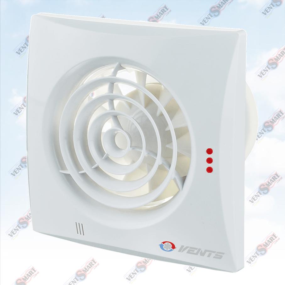 VENTS QUIET 100 TH ― внешний вид (фото, изображение) вентилятора для ванной белого цвета. Вентилятор обладает изысканным и современным дязайном, имеет малое энергопотребление, высокую продуктивность и низкий уровень шума. Модификации Вентс Квайт: со шнурком, с реле времени, с реле влажности, с датчиком движения до 4 м.