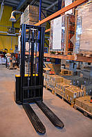 Штабелер электрический 1.5т высота подъема 3.5м