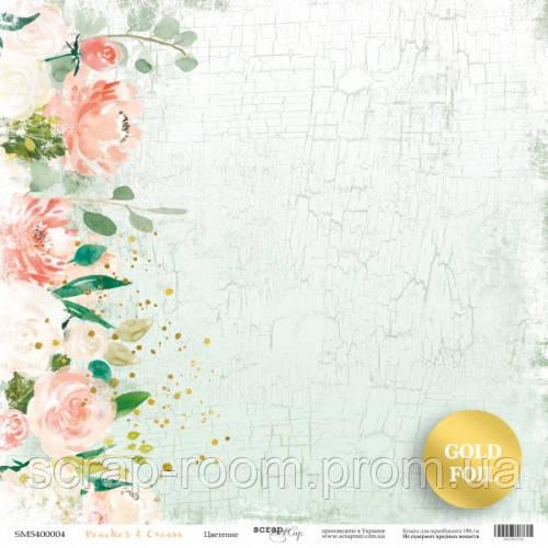 Лист односторонней бумаги с золотым тиснением 30x30 от Scrapmir Цветение из коллекции Peaches & Cream