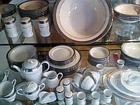 Сервиз столовый 2 в 1( обеденный ,чайный), на 12 персон(106 предметов), фарфоровый.Платина.Производство Япония