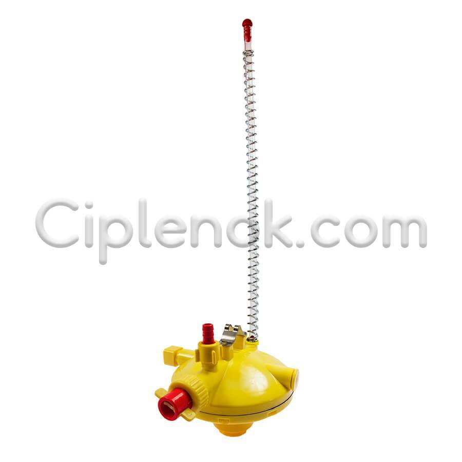 Регулятор давления воды в системе ниппельного поения Турция