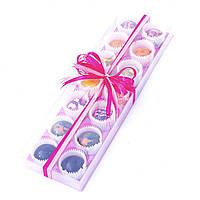Подарочный набор из 14 конфет ручной роботы.