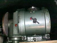 Универсальная делительная головка УДГ-200