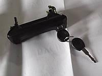 Ручка совающих дверей наружная  с ключами VW T4