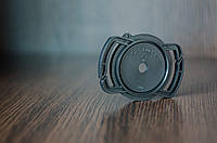 Держатель Alloet для крышки на ремень фотоаппарата 72 мм/77 мм/82 мм.