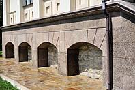 Облицовка фасада/цоколя здания натуральным камнем