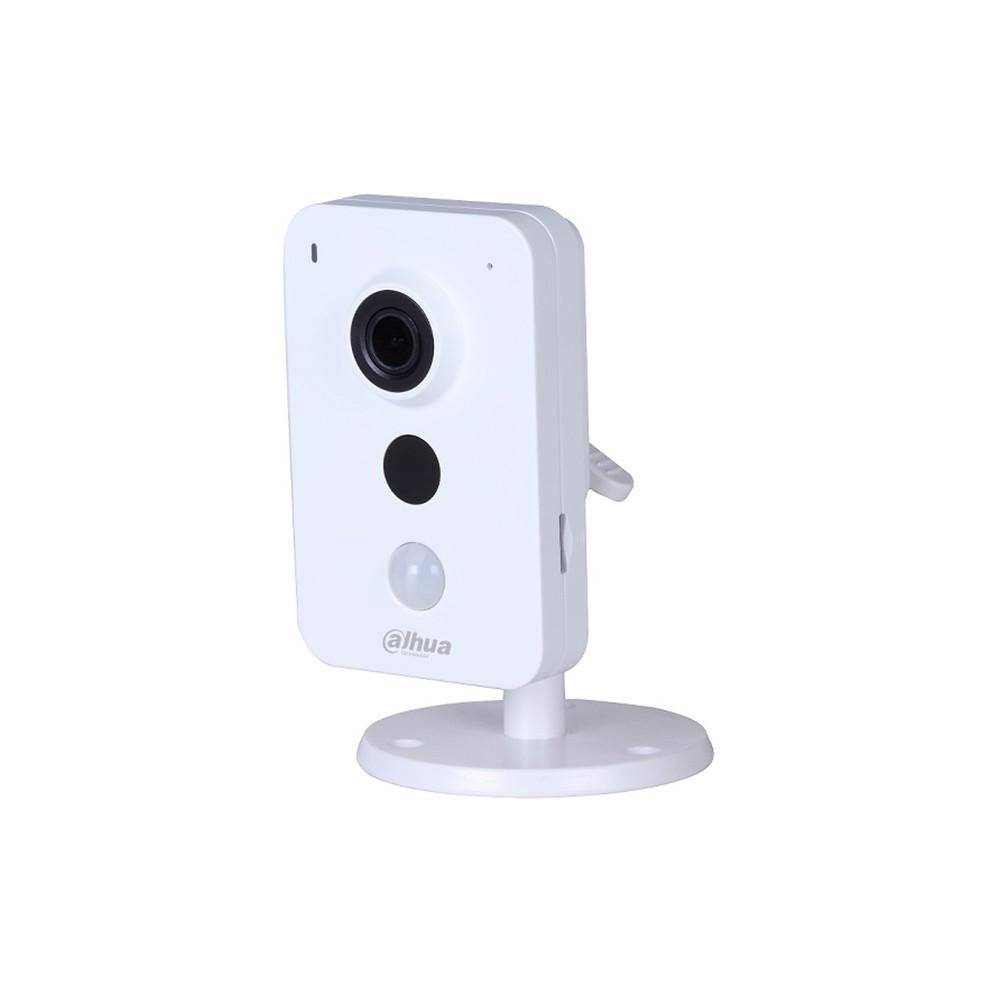 Внутренняя IP-камера Dahua DH-IPC-K35AP