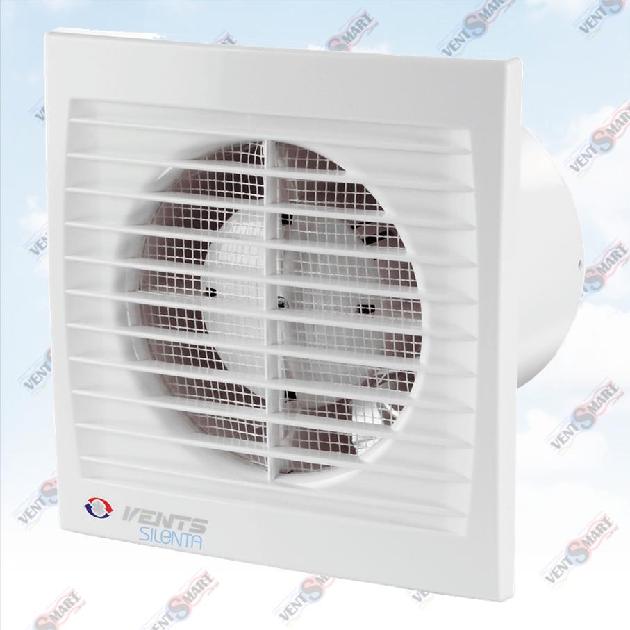 Внешний вид (фото, изображение) вентилятора для ванной Вентс Силента-С 100/125/150 белого цвета. Вентилятор обладает привлекаельным и современным дязайном, имеет малое энергопотребление, высокую продуктивность и низкий уровень шума. Оснащён сеткой от насекомых. Модификации Вентс Силента-С: со шнурком, с реле времени, с реле влажности.