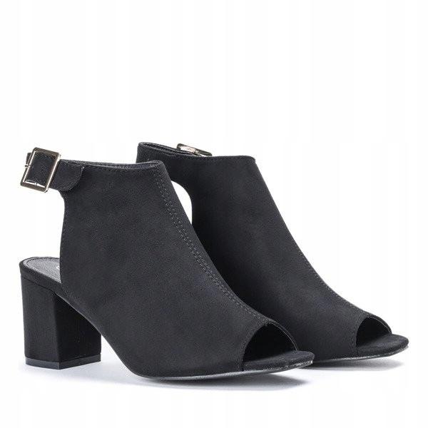 Женские ботинки Stodola