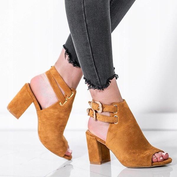 Женские ботинки Lavalle