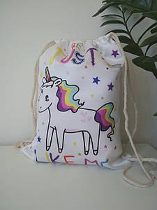 Белая сумка для сменной обуви с лошадкой 42*33 см