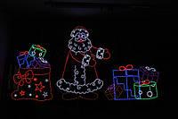 Дед Мороз перекладывает подарки