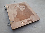 Дерев'яна яний фотоальбом з портретом, фото 5