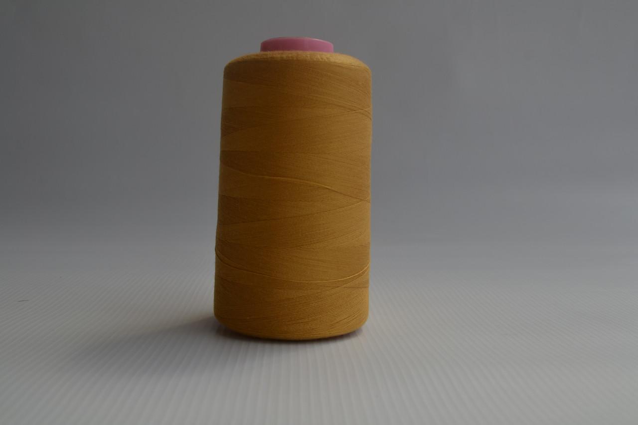 Швейные нитки разных цветов 777