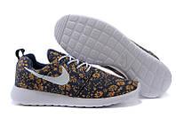 check out d6531 9626c Кроссовки женские Nike Roshe Run   RRW-114 (Реплика)