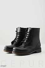 Непромокаемые резиновые ботинки