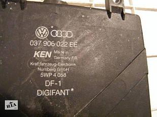 Audi B4 Блок управления двигателем 037906022ee