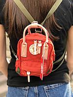 Сумочка-рюкзак городская компактная на 2 литра Acne Studio x Fjällräven Kånken clutch, цвет красный, фото 1