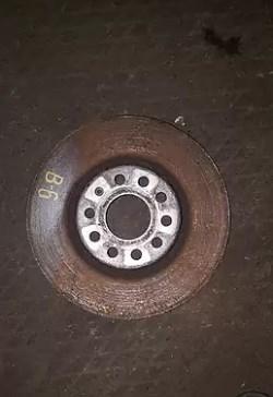 Тормозной передний диск для Volkswagen Passat B6 2.0d