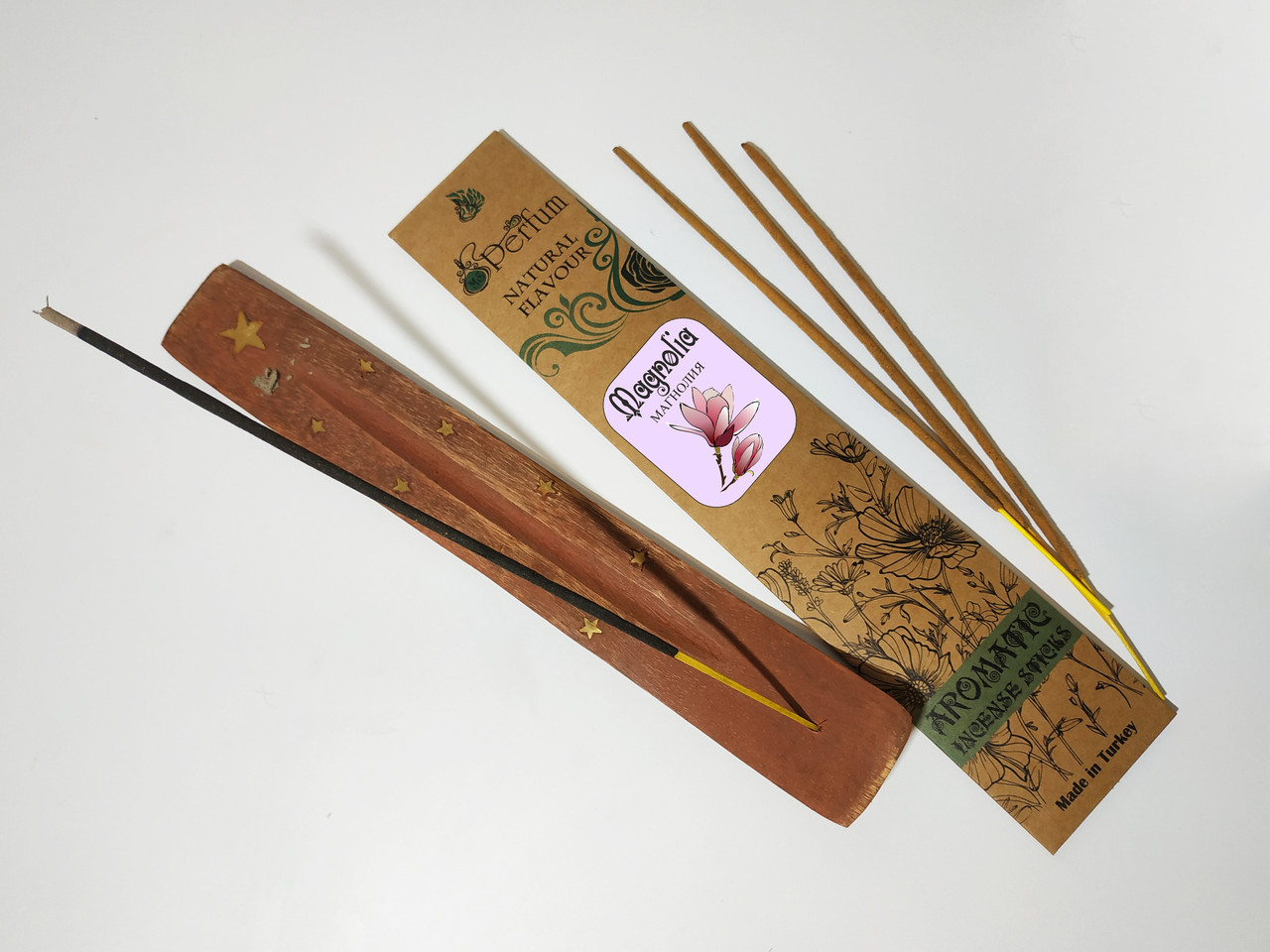 Набор: аромапалочки с ароматом магнолии + деревянная подставка под благовония
