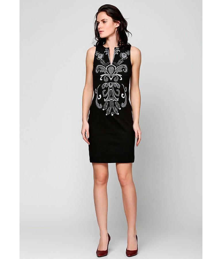Плаття вишите. Чорне плаття. Стильне плаття. Красиве плаття.