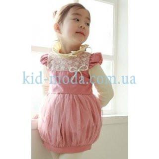 Платье с жемчужным бантиком и кружевной вставкой