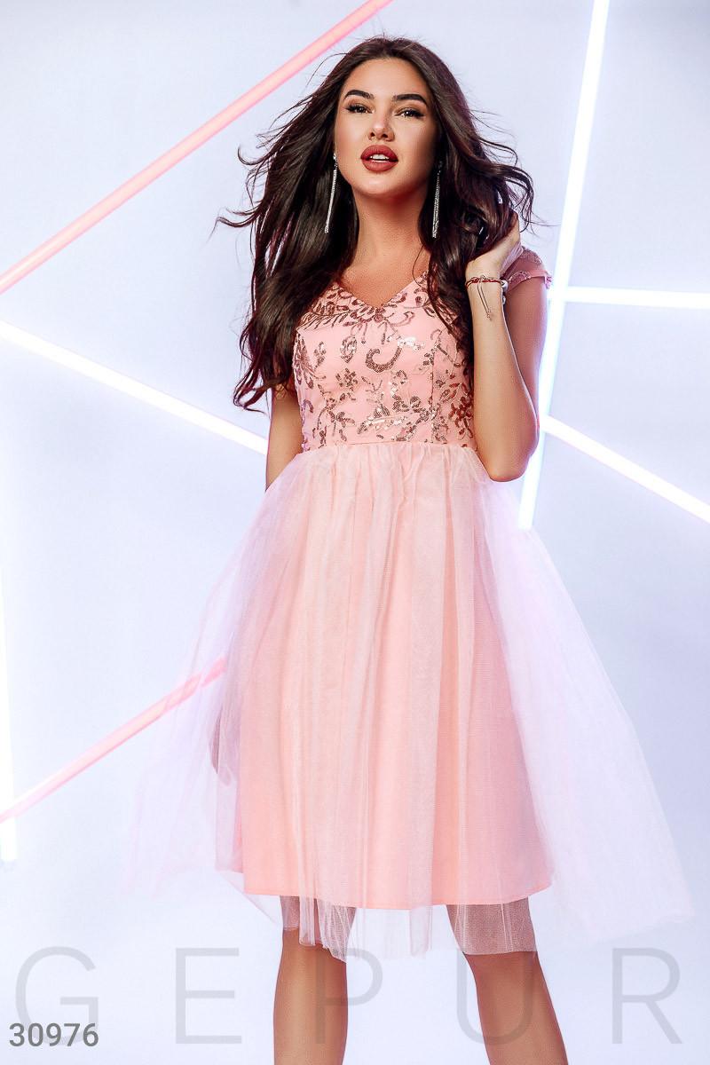 Вечернее платье миди с коротким рукавом цвет персиковый