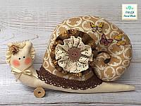 Улитка интерьерная бежевая в шляпе