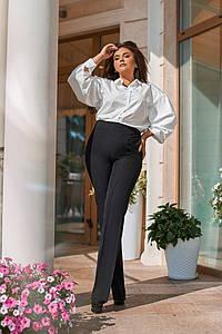 Женский офисный брючный костюм с блузкой, размеры 50-56