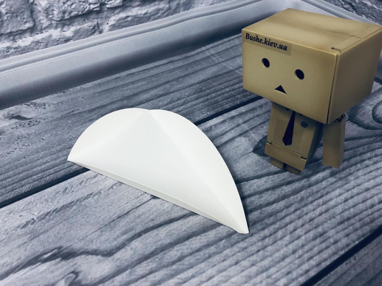 Подложка под пирожное с ушками/треугольник, молочный, 80х135мм/мин 200 шт