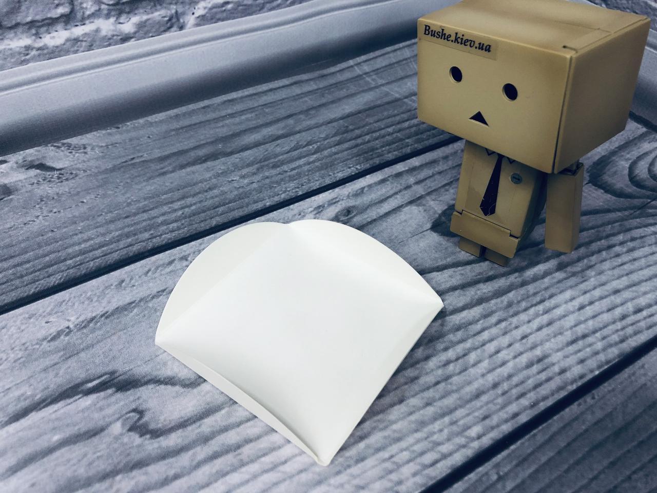 Подложка под пирожное ущко/квадрат, Молочная, 80х80мм/мин 200 шт