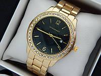 Burberry -  женские наручные часы золотого цвета с черным циферблатом