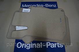 Коврики к Mercedes C W204 велюровые передние задние новые оригинал