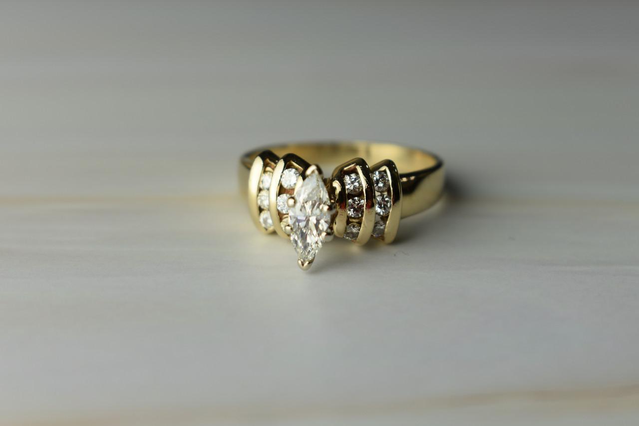 Золотое кольцо 14К (585 проба) с Бриллиантом