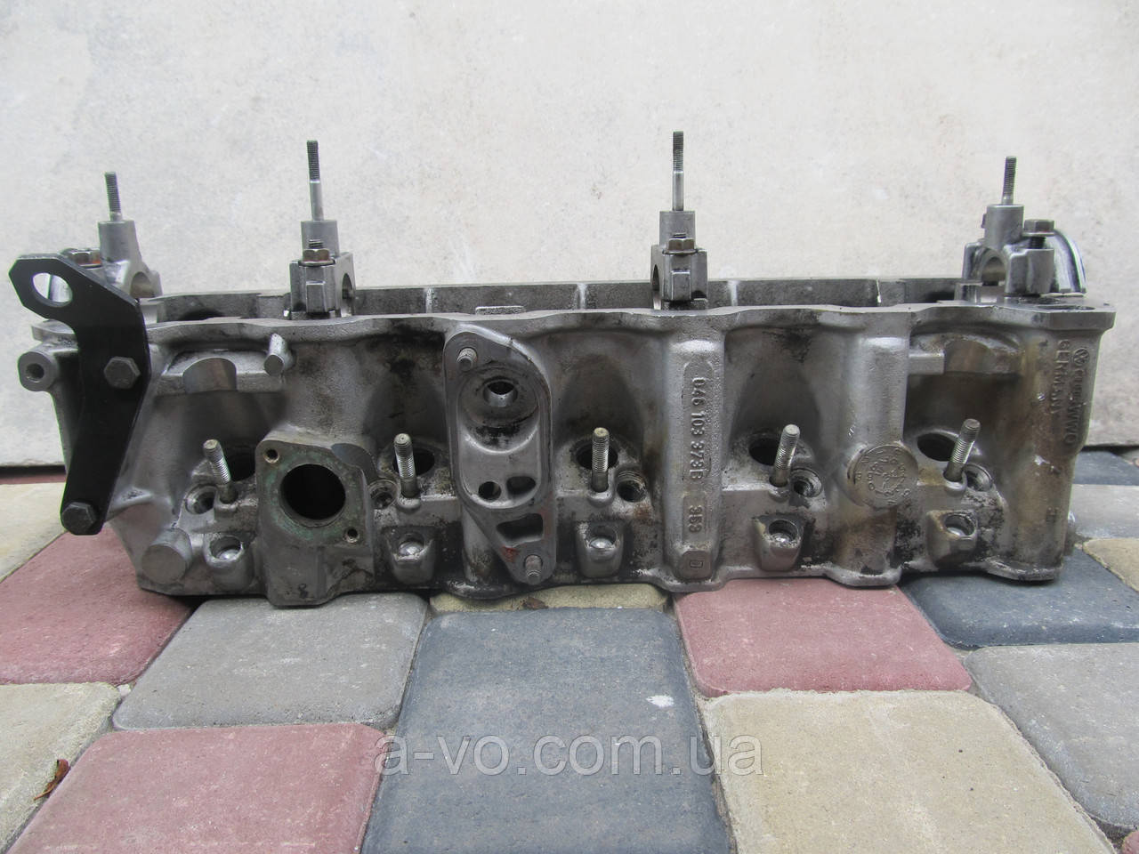 Головка блока цилиндров Audi A6 C4 100 2.5TDi, 046103373B