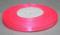 Лента атласная. Цвет - ярко-розовый светлый. Ширина - 0,7см, длина - 23 м