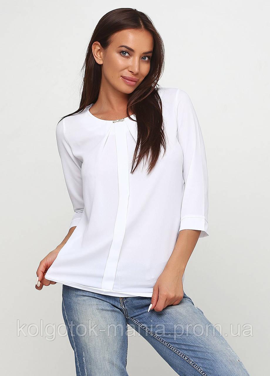 Блузка женская однотонная белая с планкой и брошью