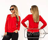 Блуза прямого кроя из софта с длинными рукавами, круглым вырезом и не съемным украшением на декольте,11 цветов, фото 2