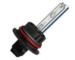 Биксеноновая лампа IL Trade 9004/9007 (6000К)
