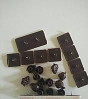 Крепеж коричневый для антимоскитной сетки на металлопластиковый и железный дверной косяк