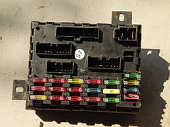 Блок предохранителей Alfa Romeo 156