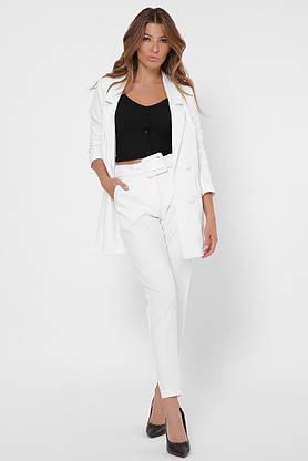 Белый женский брючный костюм в деловом стиле, фото 3