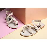 Светлые босоножки из кожи с золотистыми резинками от украинского производителя женской обуви
