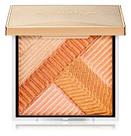 Хайлайтер Makeup Revolution Highlight Opulence Compact