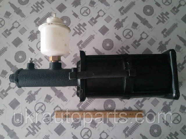 Пневматический усилитель тормозов УРАЛ 4320 задний в сборе с бачком (4320-3510011)
