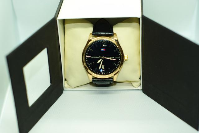 стильні годинники Tomy Hiifiger