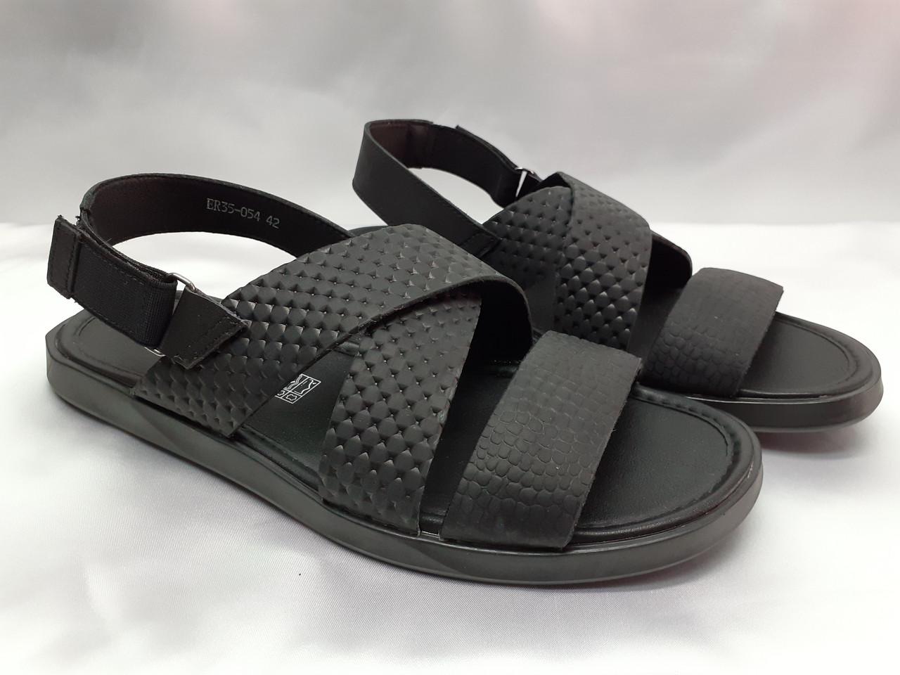 Стильные чёрные кожаные сандалии с теснением Rondo
