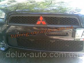 Вставка в передний бампер на Mitsubishi Lancer X