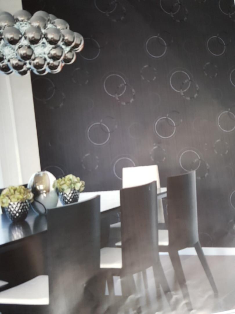 Виниловые обои  GranDeco FUSION A24801 темно серые в полоску круги черные серые