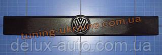 Зимняя накладка (заглушка) на решетку радиатора для Volkswagen T4 1990-1999 верхняя матовый